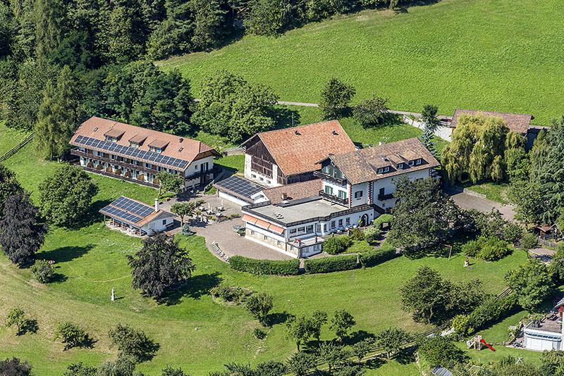 naturhotel-wieserhof-drone-view-800
